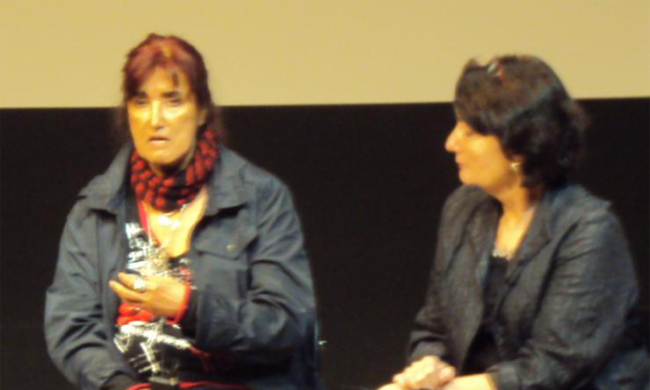 Patricia Ariza speaking on a panel.