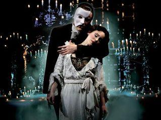 The phantom and Christine in Phantom of the Opera