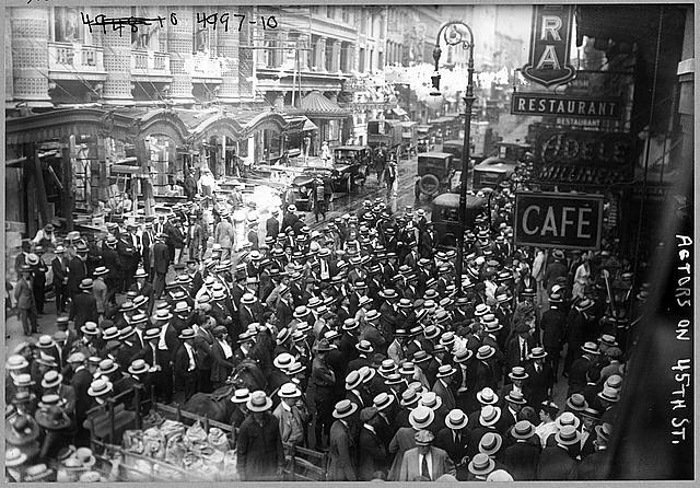 vintage photo of a crowd
