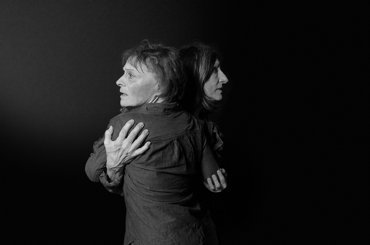 two actresses hugging