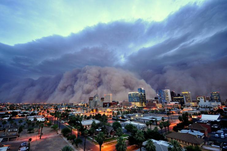photo of dust storm in phoenix