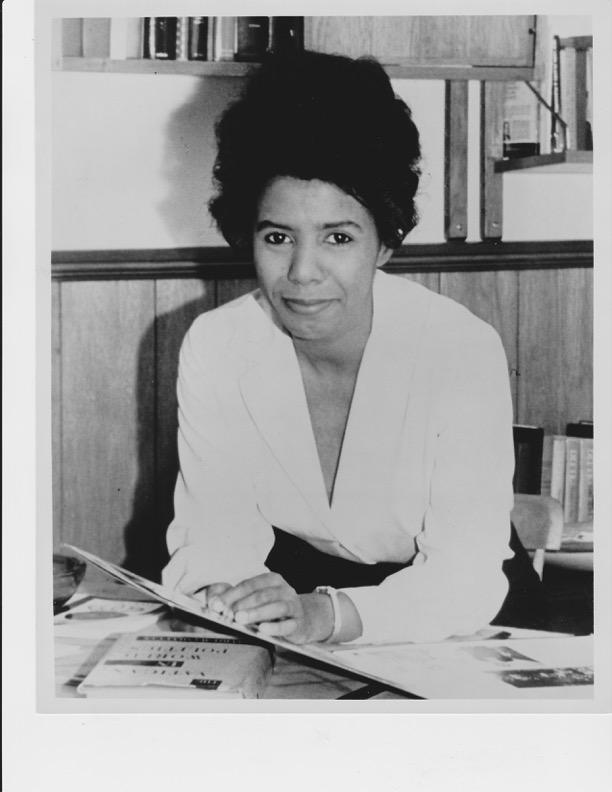 a biography of lorraine hansberry
