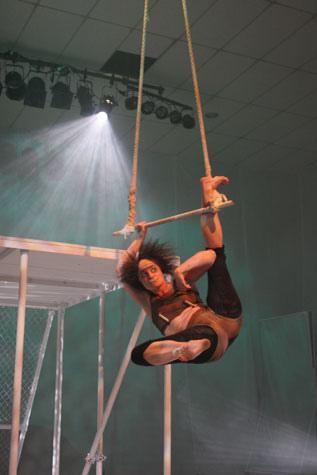 a female circus performer