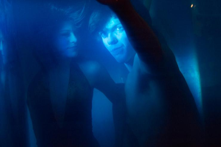 two people under the water