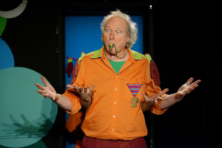 actor performing comedy