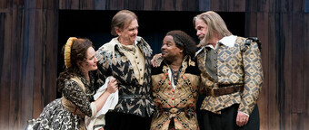 actors in shakespearean garb